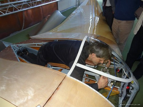 Sascha Hauser in the cockpit of the Horten HIV replica. Click the picture to see more about the Horten HIV. Permission to use picture by Manfred Poznanski.